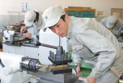 神戸村野工業高等学校 機械科紹介ページへ