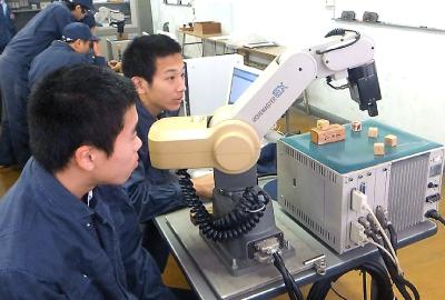 神戸村野工業高等学校 機械電子科紹介ページへ