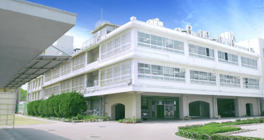 神戸村野工業高等学校 本校舎(面積:11,064㎡)
