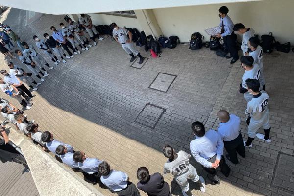 2021春季兵庫県高等学校軟式野球大会準優勝試合後のミーティング